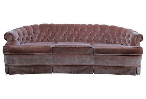 tufted velvet sofa vintage 1960s tufted pink velvet chesterfield sofa for sale at 1stdibs