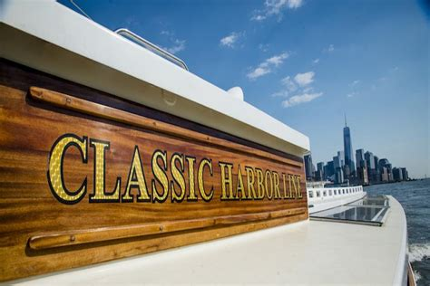 Classic Boat Cruise Nyc by Around Manhattan Brunch Cruise Classic Harbor Line