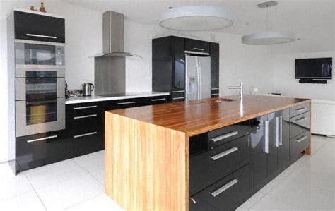 ilot cuisine bois plan de cuisine bois plan cuisine bois sur enperdresonlapin