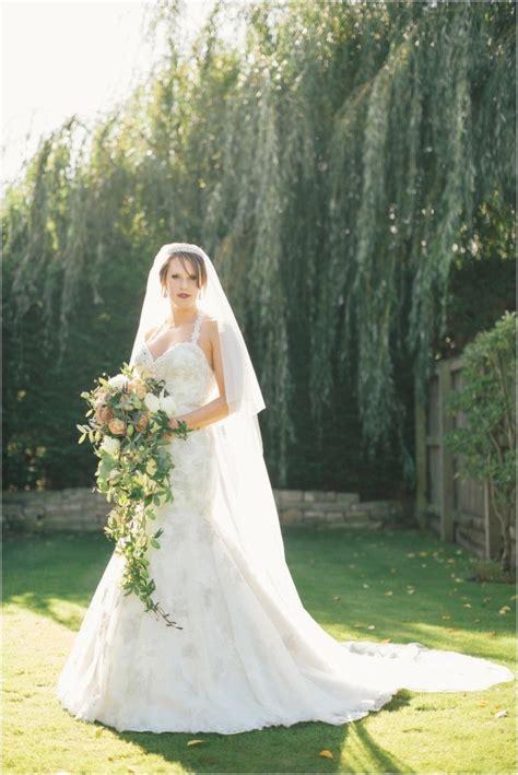 15 Cascading Bouquets Bride Link