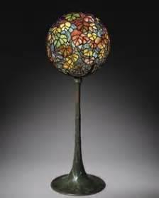 Tiffany Style Lamps Wikipedia by 1000 Ideas About Globe Lamps On Pinterest World Globes