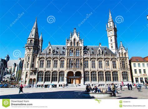 bureau de poste belgique vieux bâtiment de bureau de poste avec la tour d 39 horloge