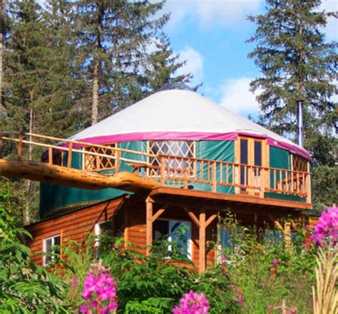 6 Inspiring Sustainable Living Homes