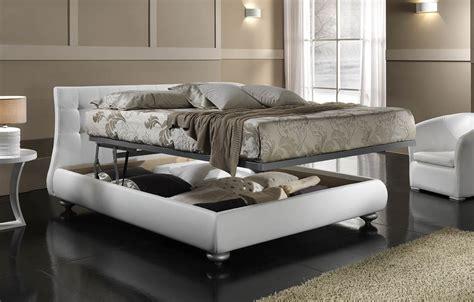letto in ferro battuto con contenitore signoracci letti in ferro battuto