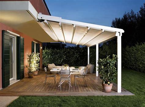 tende da sole per terrazzi tende per esterni proteggono dal sole con stilo ed
