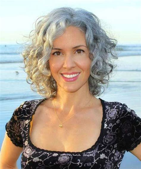 Excellent Short Grey Curly Hairstyles for Women Over 40