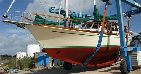 choosing  blue water yacht keel type grabau international