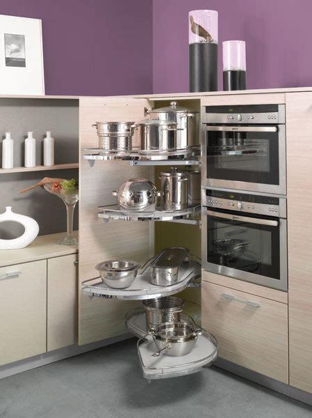 colonne d angle cuisine amenagement meuble d 39 angle cuisine forum divers