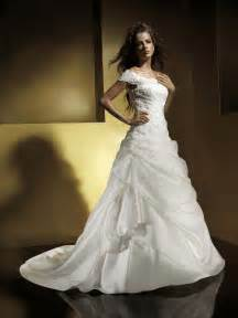 wedding gown with sleeves a line wedding dresses with cap sleeves wedding dresses discount cheap wedding gowns prlog