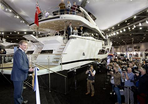 Southton Boat Show 2017 Attendance Figures boat show attendance drops 2 amid strong sales