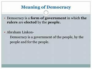 democracy vs dictatorship / types of government