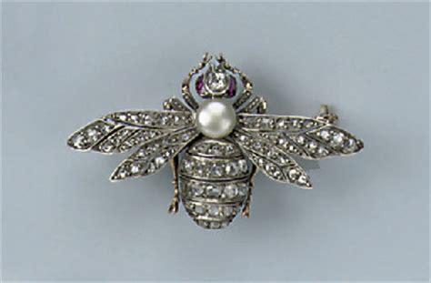 antique gem set bee brooch christies