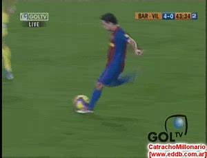 GIF : Ronaldinho bicycle kick vs Villareal