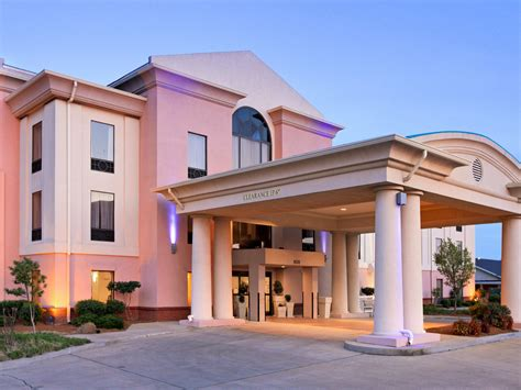 comfort inn cleveland ms cleveland ms hotels motels rouydadnews info
