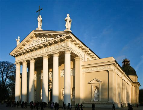 style buildings file vilnius cathedral facade jpg wikimedia commons