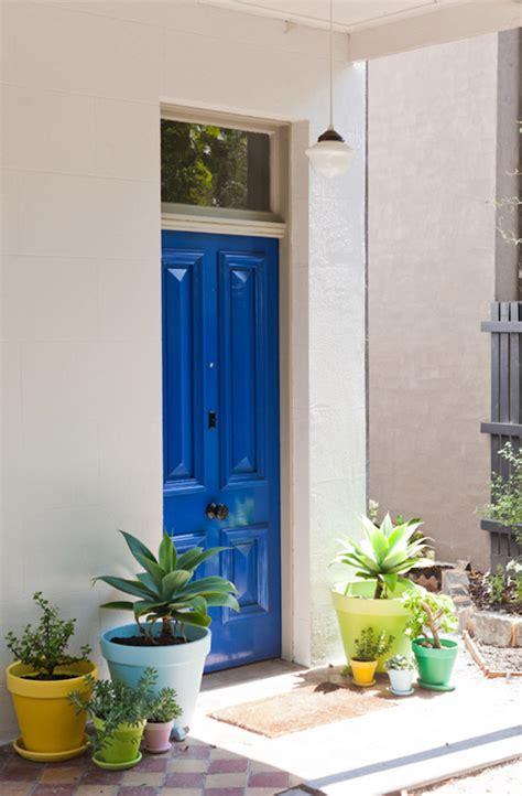 c est une maison bleu deco entree maison exterieur