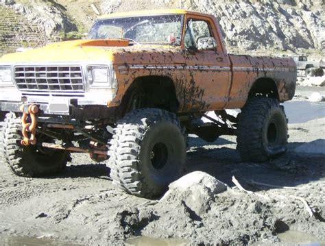 monster truck mud videos monster mud trucks huge mud trucks ford pinterest