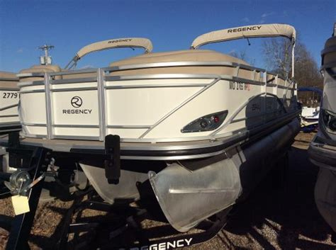 Bass Pro Shops Used Nitro Boats by Bass Pro Shops Tracker Boat Center Springfield Boats For