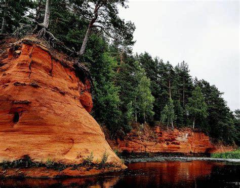 25 vietas Latvijā, kur vērts doties tieši rudenī! - Spoki ...