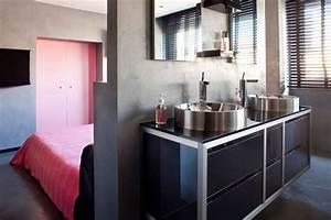 Petite Salle De Bain Ouverte Sur Chambre : salle de bains ouverte sur la chambre suites parentales au top c t maison ~ Melissatoandfro.com Idées de Décoration