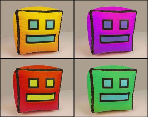 Geometry Dash Icon Plush Toy Small 4 Version