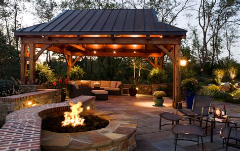 outdoor ambiance