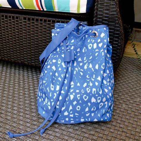 hoopla blue bucket bag buckhead betties