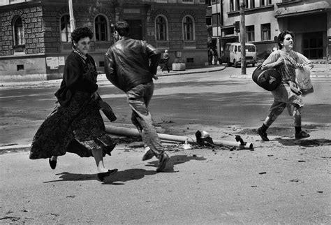 cfe siege social sarajevo bosnia 1992 run for their lives across