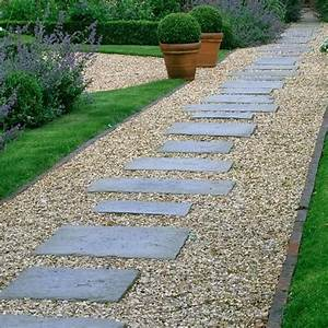 pea gravel lined with brick and pavers in different sizes With nice jardin en pente amenagement 9 deco jardin allee exemples damenagements
