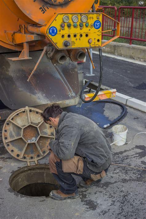 Plumbing Contractors by New Plumbing Contractors Discuss Water Jet Sewer