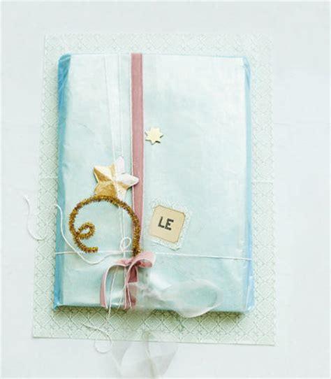 geschenk einpacken anleitung geschenke verpacken so werden eure weihnachtsgeschenke