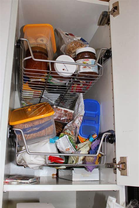 Küche Praktisch Einräumen by K 252 Che Einr 228 Umen Schubladen K 252 Che Einr 228 Umen Teller