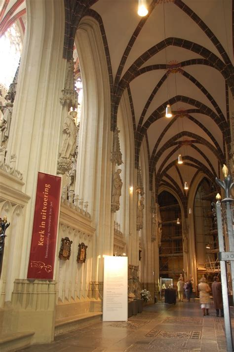 neogotisch interieur de hoogkoor