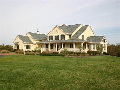 Remodeled Kitchen Ideas - old farmhouse exterior colors historic farmhouse colors old farmhouse designs mexzhouse com