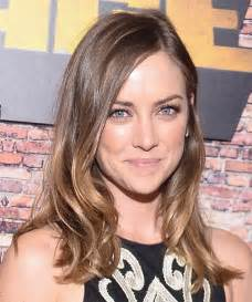 Jessica Stroup Long Wavy Casual Hairstyle   Medium