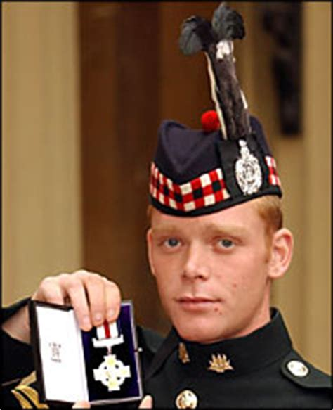 Most Decorated Soldier Uk by News Uk Drugs Arrest Soldier Gets Medal