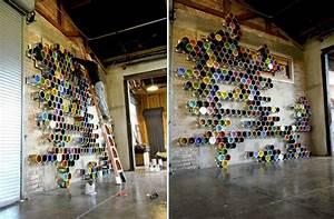 Deko Wand Ideen : event design ideen wand installation aus farbeimern ~ Markanthonyermac.com Haus und Dekorationen