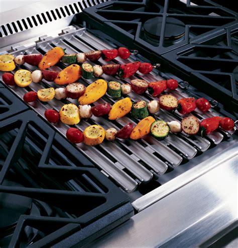 ge monogram  dual fuel professional range   burners grill  griddle natural gas
