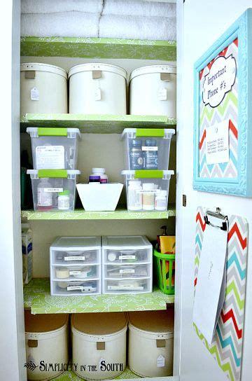 Medicine Closet Organization Ideas by 295 Best Home Linen Closet Images On Linen