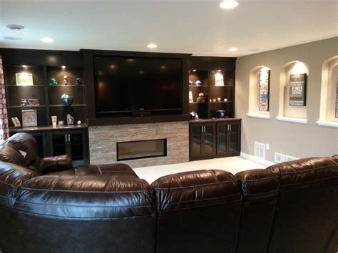 Thomsen Basement   Traditional   Basement   minneapolis   by Hedlund Building and Remodeling LLC