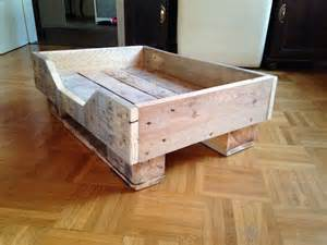 diy pallet dog bed with flat wooden legs 99 pallets