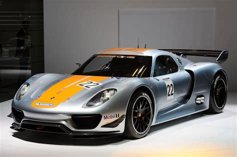 hybrid porsche 918 amazing blog for cars wallpapers porsche 918 hybrid race car