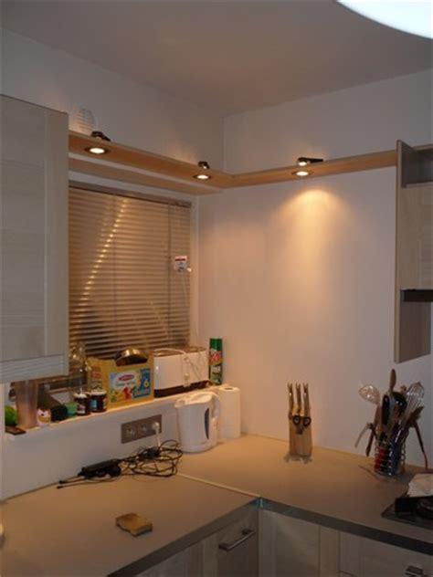 bandeau lumineux pour cuisine comment construire un bandeau de spots décoratif pour sa