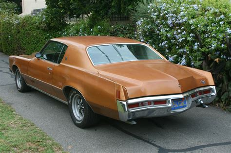 Pontiac Car :  1972 Pontiac Grand Prix 2-door