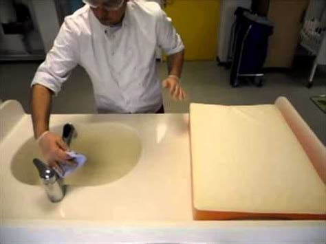 protocole de lavage des mains en cuisine collective bionettoyage de la table à langer
