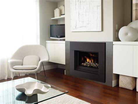 modern gas fireplace regency horizon hz33ce contemporary living room