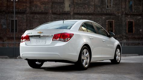 Cruze Specs by 2014 Chevrolet Cruze Features 2019 Car Reviews Prices