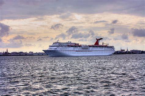 Charleston sc cruise ships