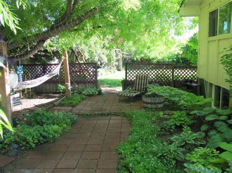 Backyard Retreats Ideas by Gardening Landscaping Beautiful Backyard Retreat Ideas