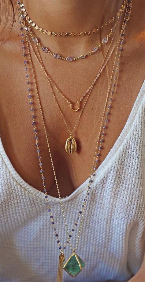 colliers dores tendance ete  coquillage kori pierre